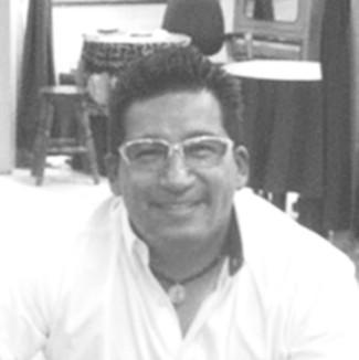Alberto Portilla - reconocido diseñador de joyas